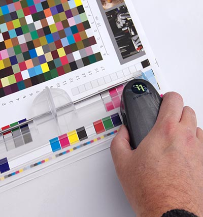 Computing the optimal CMYK densities for matching ISO12647 using CMYK_100% application